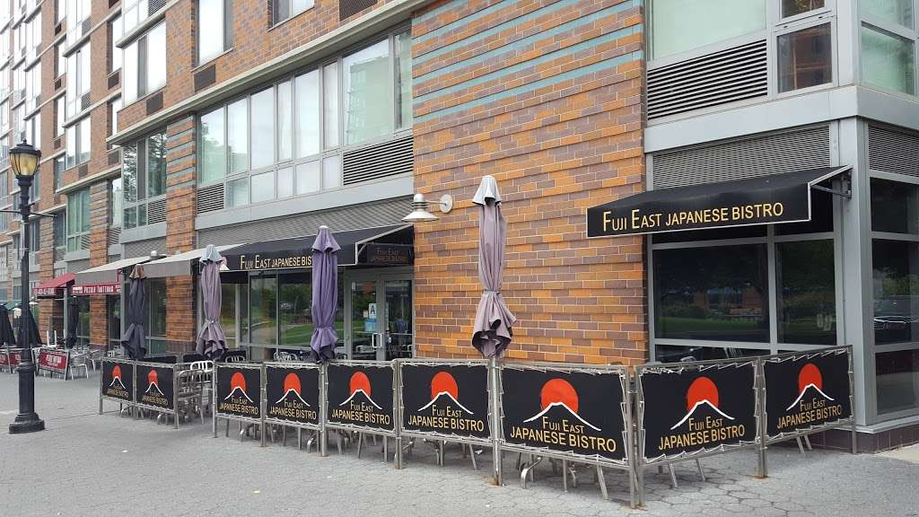 Fuji East Japanese Bistro - restaurant  | Photo 4 of 10 | Address: 455 Main St, New York, NY 10044, USA | Phone: (212) 583-1688