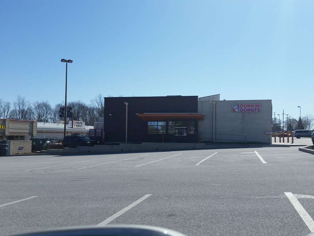 Dunkin Donuts - cafe  | Photo 4 of 10 | Address: 321 N 3rd St, Oxford, PA 19363, USA | Phone: (610) 932-1992