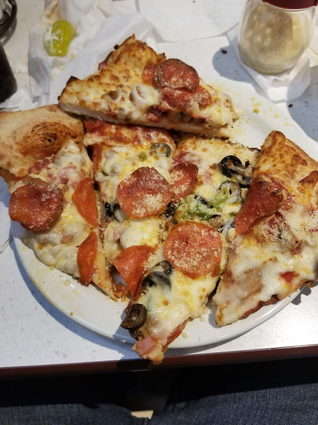 The Family Pizzagalli - restaurant  | Photo 7 of 10 | Address: 1219 Gastonia Hwy, Bessemer City, NC 28016, USA | Phone: (704) 629-6966