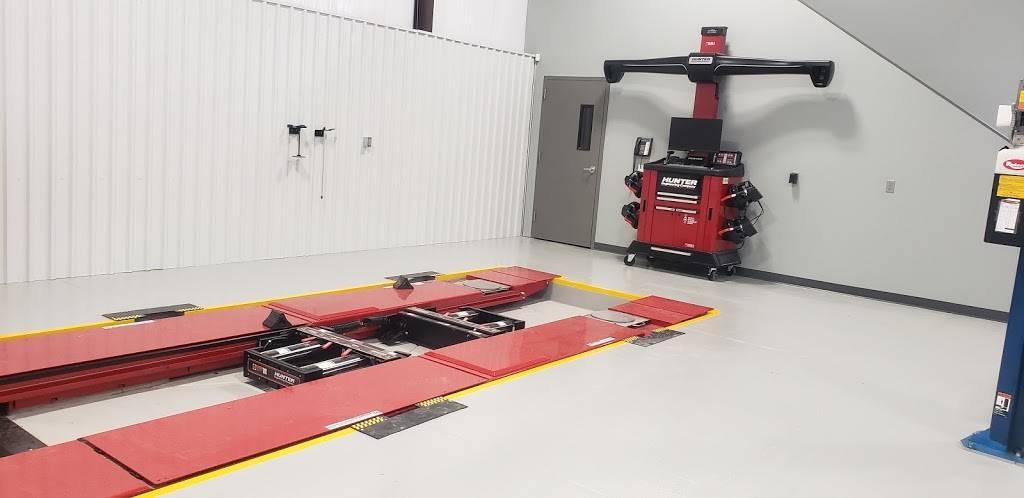 German Motor Works INC - BMW-MINI COOPER - MERCEDES BENZ - AUDI  - car repair  | Photo 6 of 10 | Address: 12627 E Central Ave #100, Wichita, KS 67206, USA | Phone: (316) 867-2828