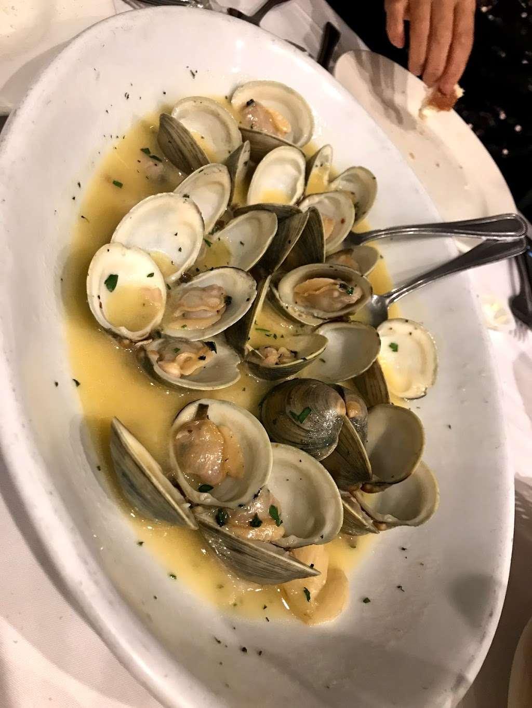 Don Peppe - restaurant  | Photo 7 of 10 | Address: 135-58 Lefferts Blvd, South Ozone Park, NY 11420, USA | Phone: (718) 845-7587