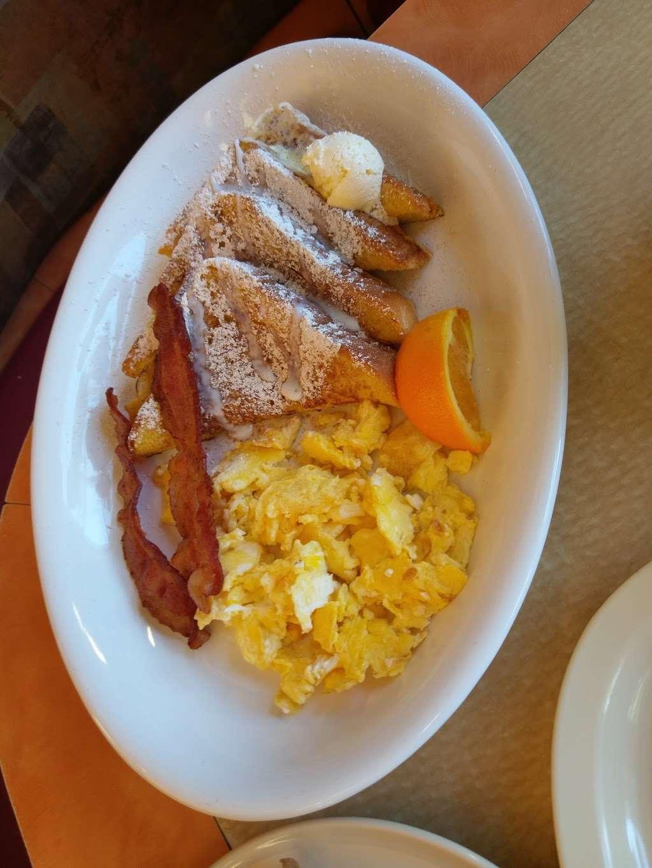 Flames Xpress - restaurant  | Photo 7 of 10 | Address: 11003 Lower Azusa Rd, El Monte, CA 91731, USA | Phone: (626) 350-7500