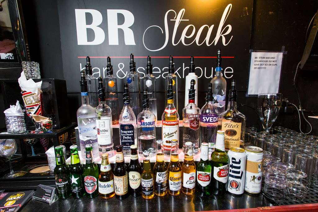 BR Bar - restaurant  | Photo 6 of 10 | Address: 18601 S Cicero Ave, Country Club Hills, IL 60478, USA | Phone: (708) 799-6223