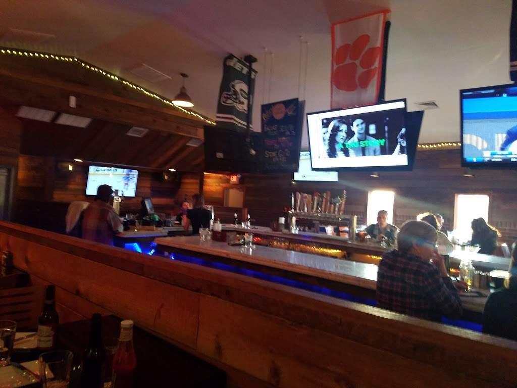 Spring Lake Tap House - restaurant  | Photo 1 of 10 | Address: 810 NJ-71, Spring Lake, NJ 07762, USA | Phone: (732) 282-1530