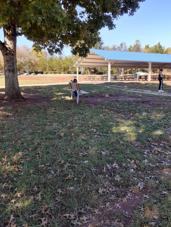 Oak Summit Park - park  | Photo 8 of 10 | Address: 370 Oak Summit Rd, Winston-Salem, NC 27105, USA | Phone: (336) 727-8000
