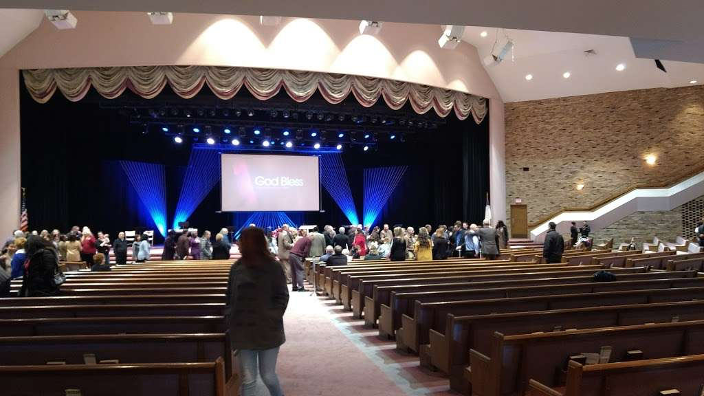 Fountain of Life - church  | Photo 1 of 10 | Address: 2035 Columbus Rd, Burlington, NJ 08016, USA | Phone: (609) 499-2131