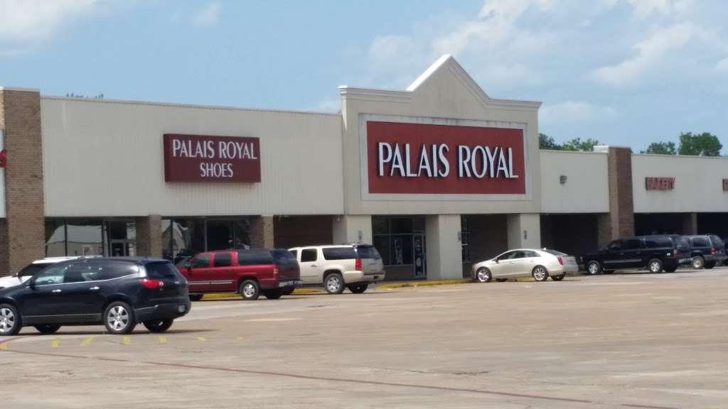 Palais Royal - department store  | Photo 1 of 7 | Address: 2323 N Main St, Liberty, TX 77575, USA | Phone: (936) 334-0400