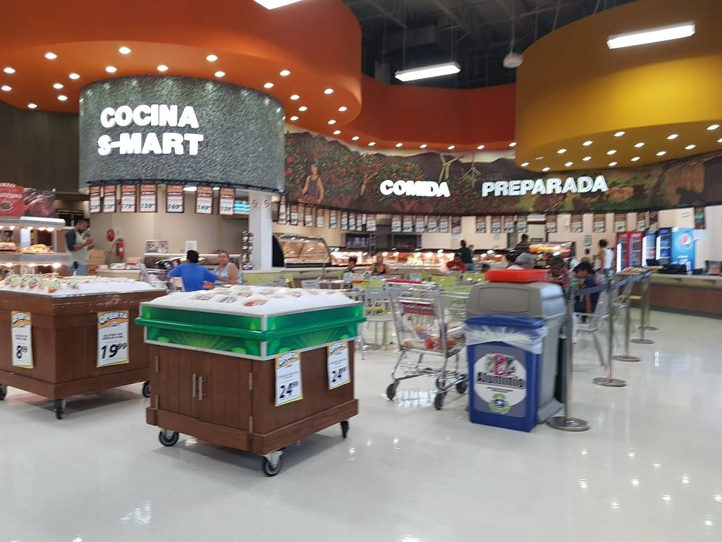 S-Mart - supermarket    Photo 8 of 10   Address: Av Santiago Troncoso # 1701, Parajes de Oriente, 32575 Cd Juárez, Chih., Mexico   Phone: 656 701 6260