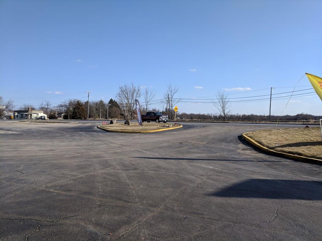 Shell - gas station  | Photo 1 of 3 | Address: 48W230 US-30, Big Rock, IL 60511, USA | Phone: (630) 556-3841