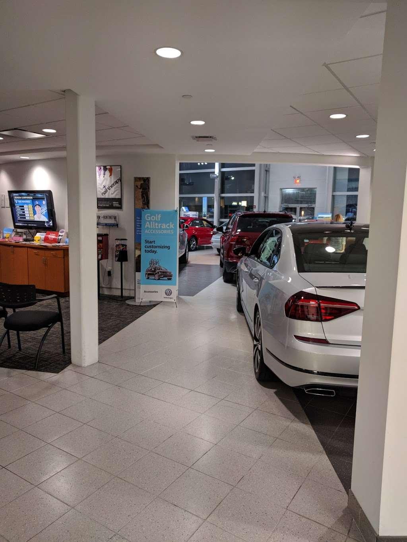 Huntington Auto Mall >> Huntington Auto Mall Car Dealer Huntington Station Ny