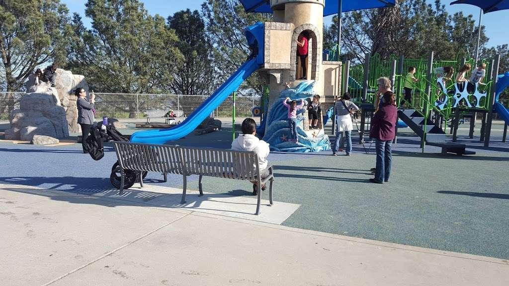 Bogdanovich Recreation Center - park  | Photo 10 of 10 | Address: 1920 Cumbre Dr, San Pedro, CA 90732, USA | Phone: (310) 548-7590