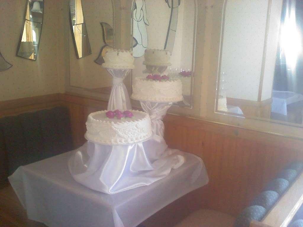 Solteros Bakery - cafe  | Photo 7 of 10 | Address: 10232 I Ave #20, Hesperia, CA 92345, USA | Phone: (760) 956-6200