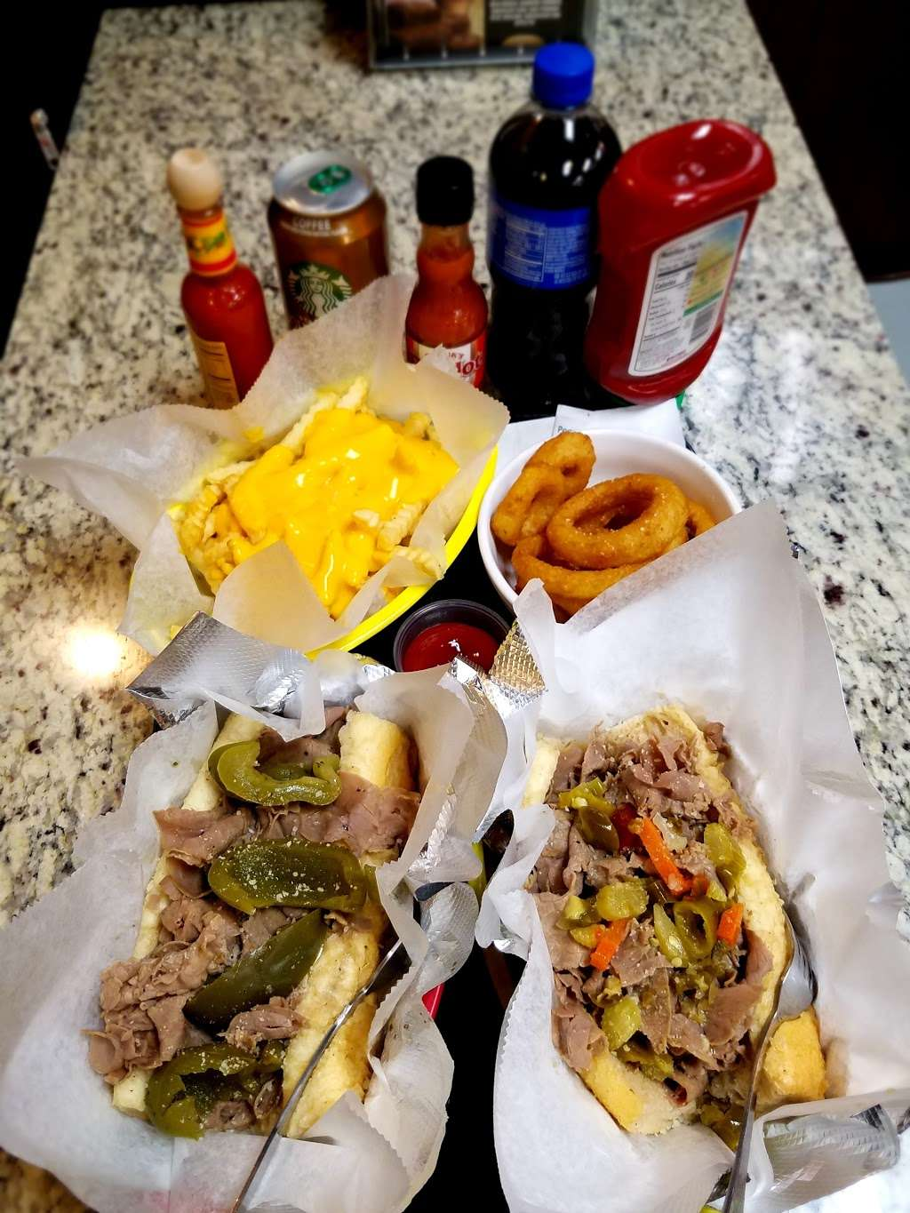 Tom and Jerry's Gyros - meal takeaway  | Photo 8 of 10 | Address: 6359 W Montrose Ave, Chicago, IL 60634, USA | Phone: (773) 282-1111
