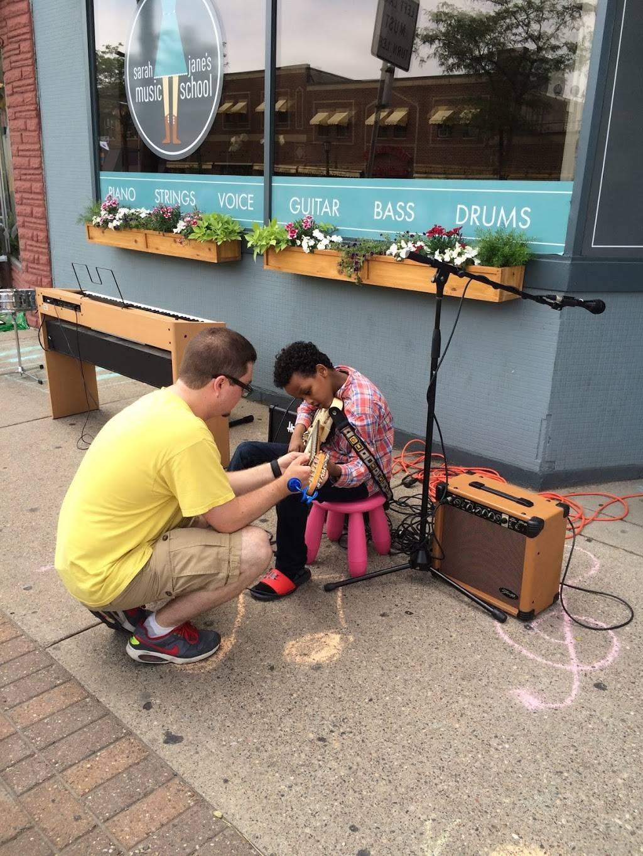 Sarah Janes Music School - electronics store  | Photo 1 of 7 | Address: 2522 Central Ave NE, Minneapolis, MN 55418, USA | Phone: (612) 930-2522