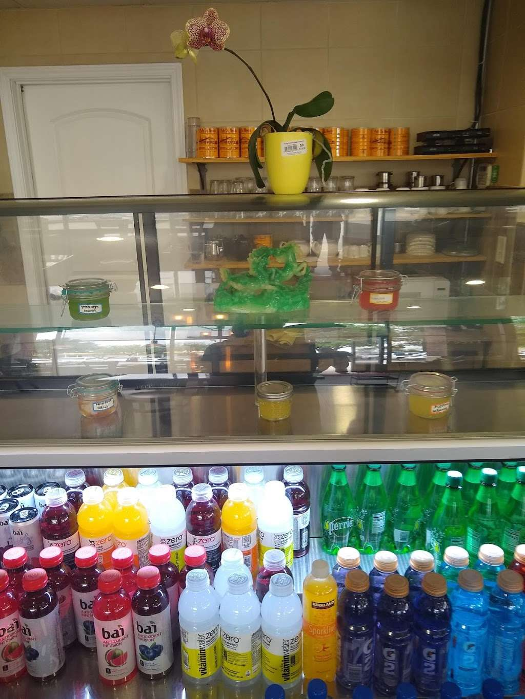 VnWich Cafe - restaurant  | Photo 5 of 10 | Address: 520 Northpark Dr suite 113, Porter, TX 77365, USA | Phone: (281) 570-6891