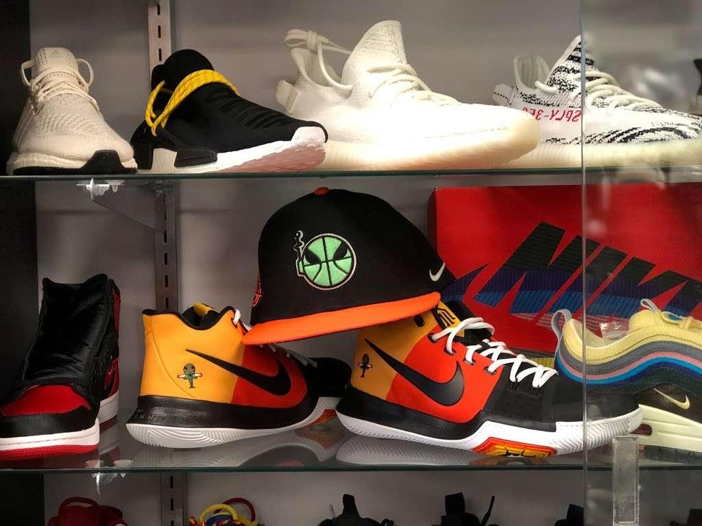 Kickz Da Habbit - shoe store  | Photo 5 of 10 | Address: 1318 Hanover Ave, Allentown, PA 18109, USA | Phone: (610) 674-9037
