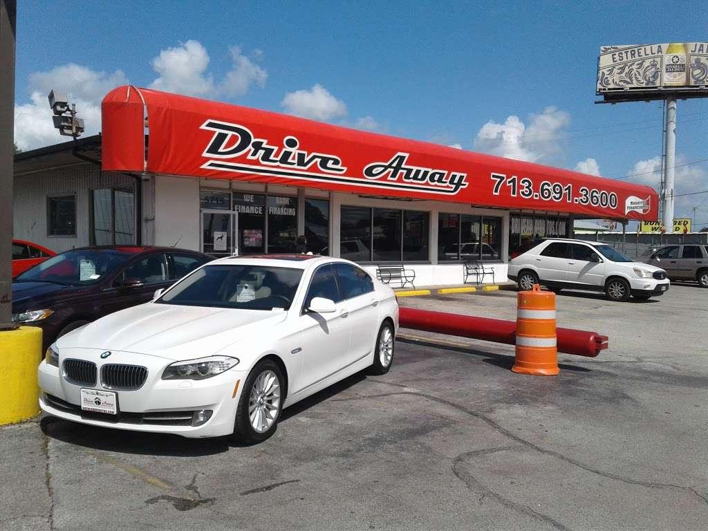 Drive Away Autos - car dealer  | Photo 7 of 10 | Address: 5715 North Fwy, Houston, TX 77076, USA | Phone: (713) 691-3600