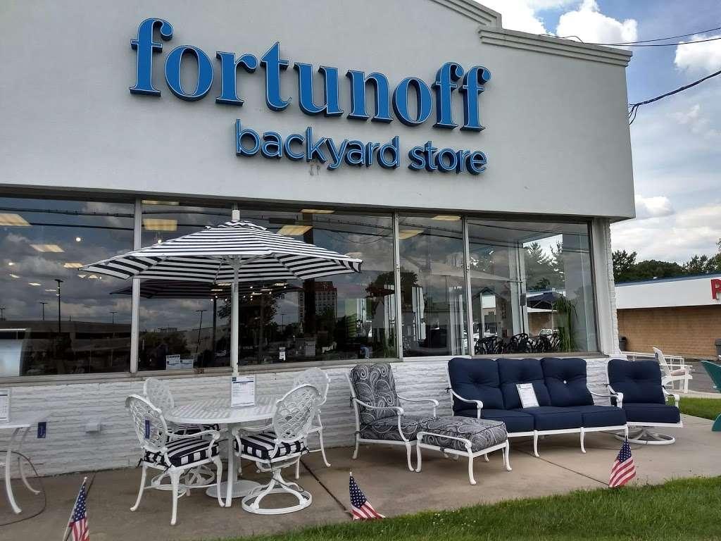 Fortunoff Backyard Furniture