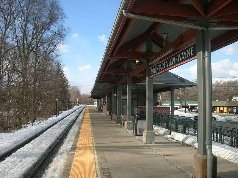 Mountain View-Wayne Station - train station    Photo 3 of 10   Address: 11 Erie Ave, Wayne, NJ 07470, USA