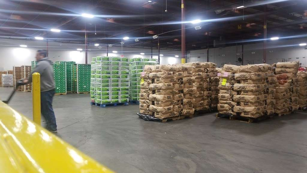 El Super Distribution Center - bakery  | Photo 1 of 10 | Address: 1950 S Sterling Ave, Ontario, CA 91761, USA | Phone: (909) 635-3630