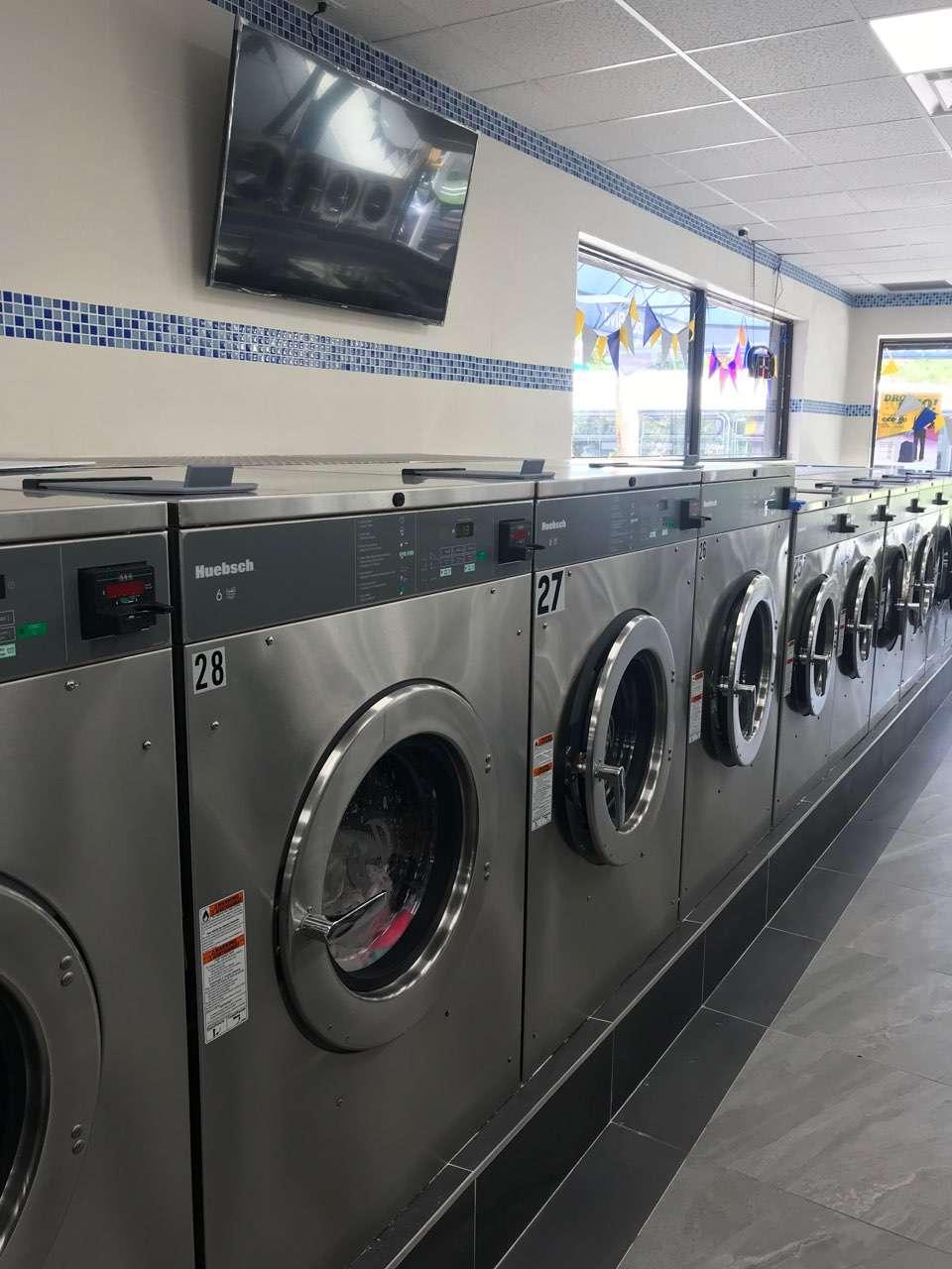 Cross Island Laundromat - laundry  | Photo 1 of 2 | Address: 234-20 Linden Blvd, Cambria Heights, NY 11411, USA | Phone: (718) 525-0012