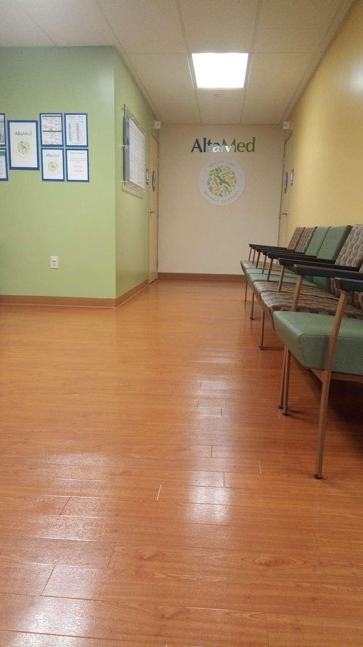 AltaMed Dental Group – Westlake, 3rd Street - dentist    Photo 2 of 3   Address: 2100 W 3rd St #220, Los Angeles, CA 90057, USA   Phone: (888) 499-9303