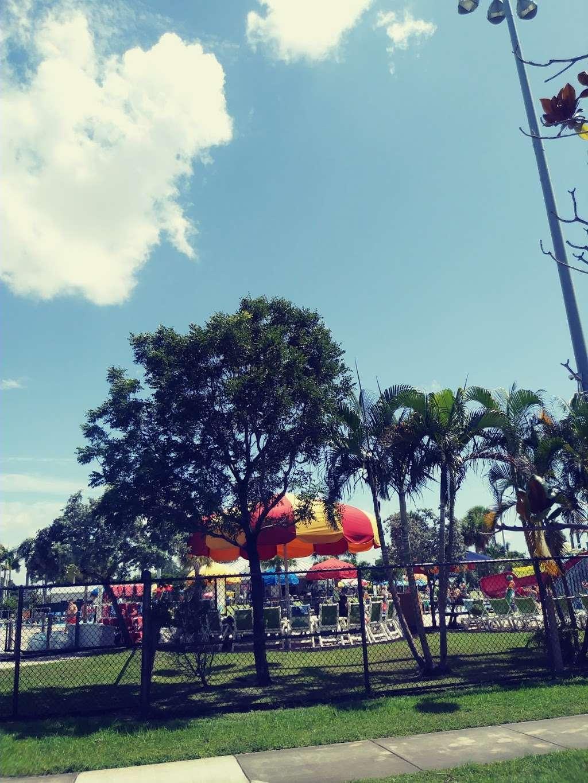 Grapeland Water Park - amusement park  | Photo 10 of 10 | Address: 1550 NW 37th Ave, Miami, FL 33125, USA | Phone: (305) 960-2950
