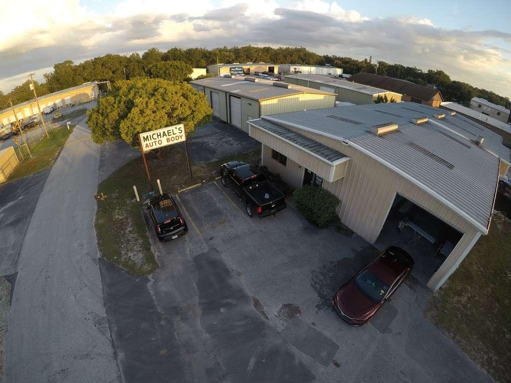Michaels Auto Body Inc - car repair  | Photo 7 of 10 | Address: 319 Commerce Ct, Winter Haven, FL 33880, USA | Phone: (863) 299-8122