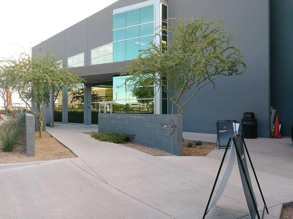 Amazon FLEX UAZ1 - storage  | Photo 8 of 10 | Address: 500 S 48th St, Phoenix, AZ 85034, USA | Phone: (888) 281-6901