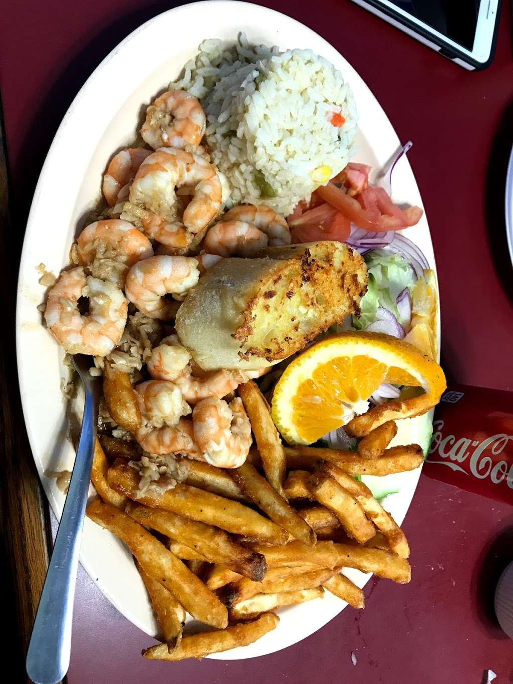 Mariscos El Malecon - restaurant  | Photo 3 of 10 | Address: 9706 S Commercial Ave, Chicago, IL 60617, USA | Phone: (872) 901-0642