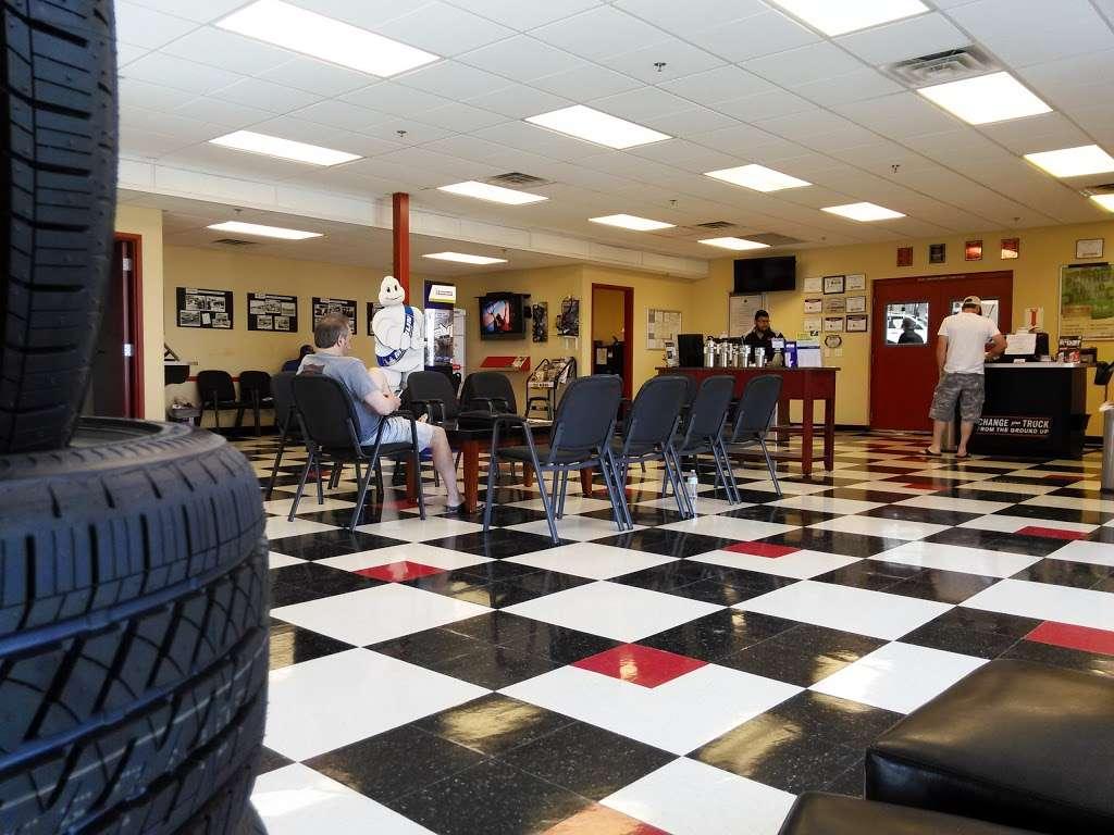 Ted Wiens Tire & Auto - car repair    Photo 2 of 10   Address: 4435 W Wigwam Ave, Las Vegas, NV 89139, USA   Phone: (702) 589-9200