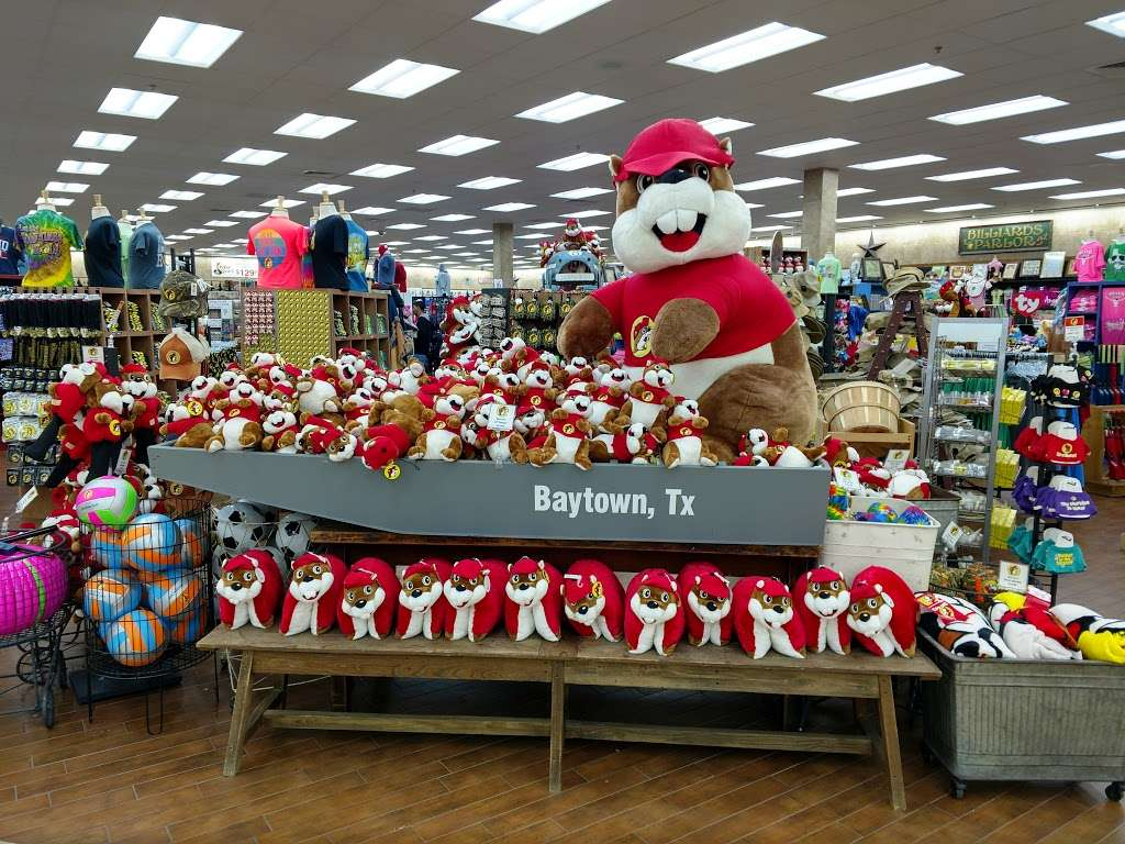Buc-ees - convenience store  | Photo 7 of 10 | Address: 4080 East Fwy, Baytown, TX 77521, USA | Phone: (979) 238-6390