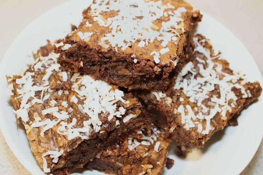 With Love Home Bakery - bakery  | Photo 1 of 6 | Address: 1706 John Fitzgerald Kennedy Blvd, Union City, NJ 07087, USA | Phone: (201) 705-4719