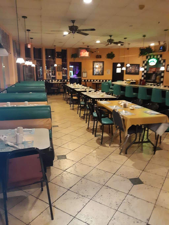 Thunderbird Cafe - cafe  | Photo 5 of 7 | Address: 18401 Collins Ave, North Miami Beach, FL 33160, USA | Phone: (305) 792-6164