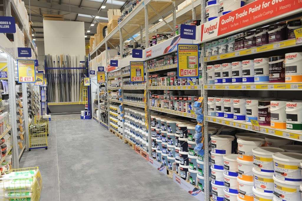 Selco Builders Warehouse Barking - home goods store  | Photo 1 of 7 | Address: Roding Trading Estate, Hertford Rd, Barking IG11 8BL, UK | Phone: 020 8594 8704