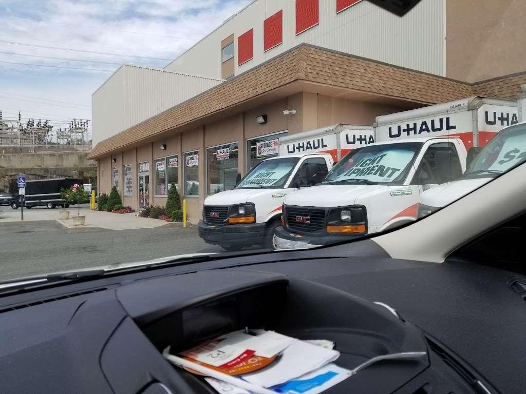 The Storage Fox - moving company  | Photo 4 of 10 | Address: 280 Fullerton Ave, Yonkers, NY 10704, USA | Phone: (914) 200-4439