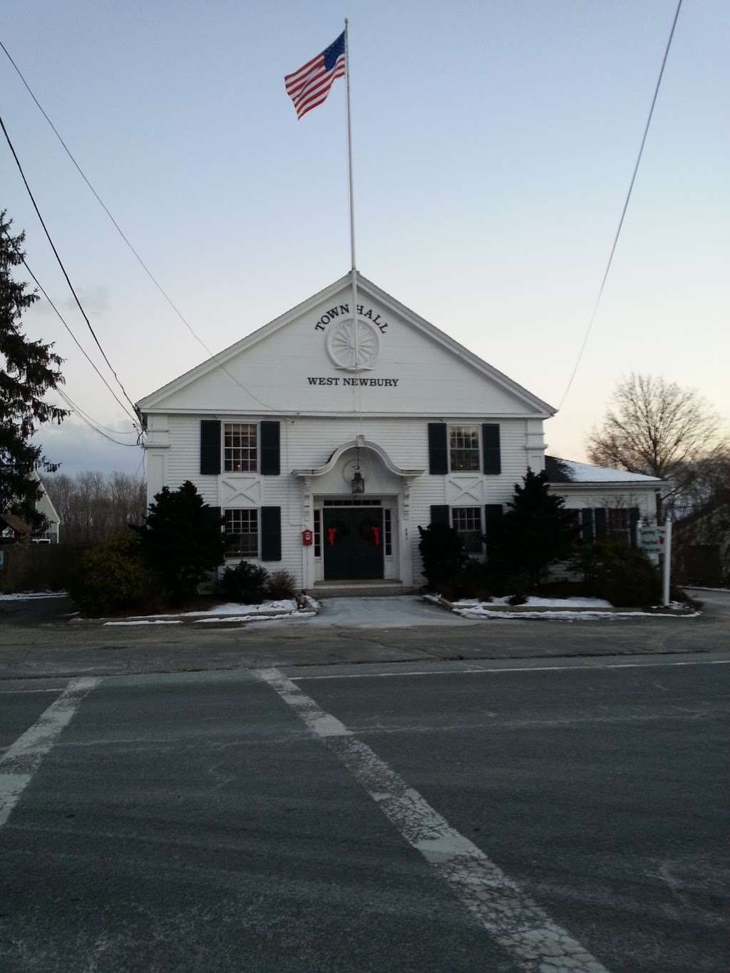 G.A.R Memorial Library - library  | Photo 6 of 10 | Address: 490 Main St, West Newbury, MA 01985, USA | Phone: (978) 363-1105