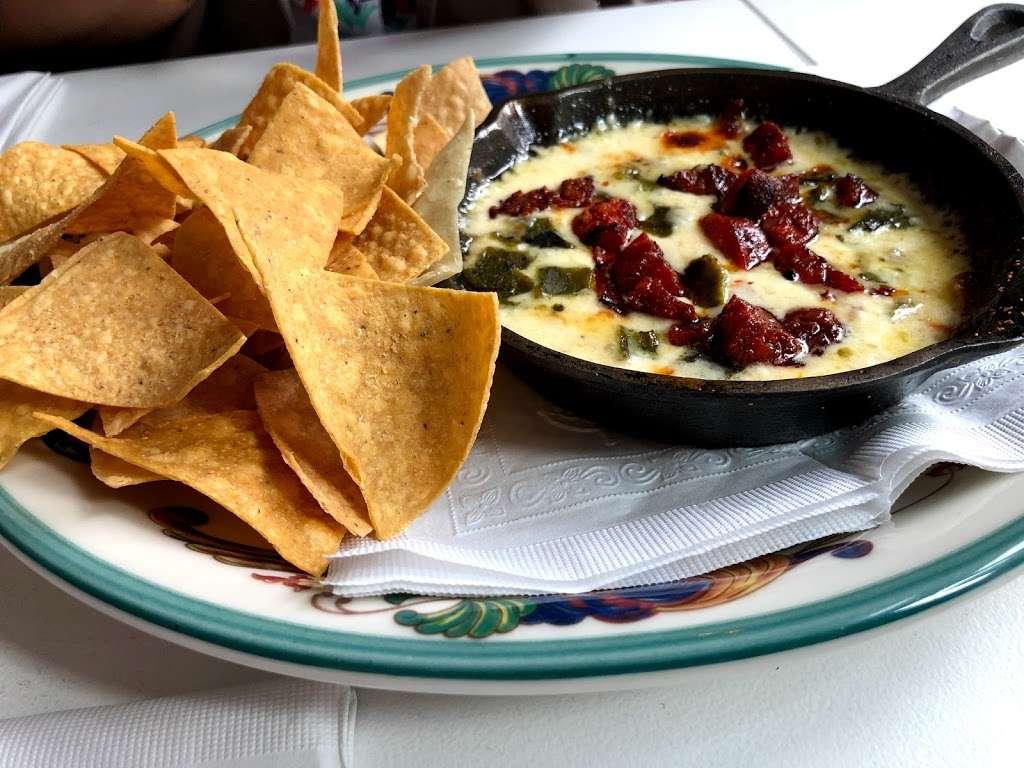 Taco Playa - restaurant  | Photo 2 of 10 | Address: 212 Front St, New York, NY 10038, USA | Phone: (212) 532-1519
