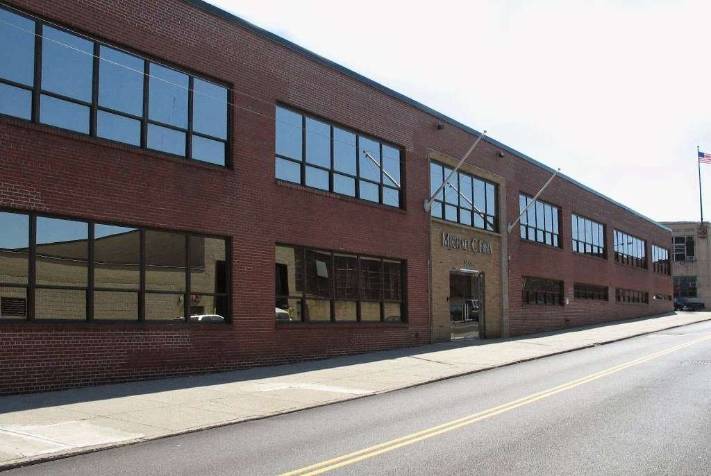 Michael C Fina Co - store  | Photo 2 of 5 | Address: 33-01 Hunters Point Ave, Long Island City, NY 11101, USA | Phone: (800) 999-3462