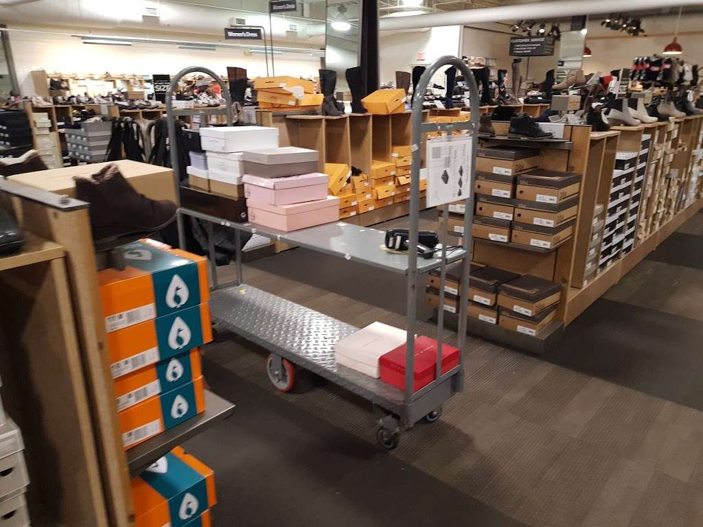 DSW Designer Shoe Warehouse - shoe store  | Photo 9 of 10 | Address: 60 State Route 17 North, Paramus, NJ 07652, USA | Phone: (201) 291-0505