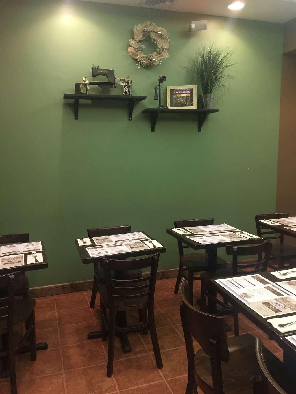 Chok Dee Thai Kitchen - restaurant  | Photo 1 of 10 | Address: 561 Livingston St, Norwood, NJ 07648, USA | Phone: (201) 750-8880