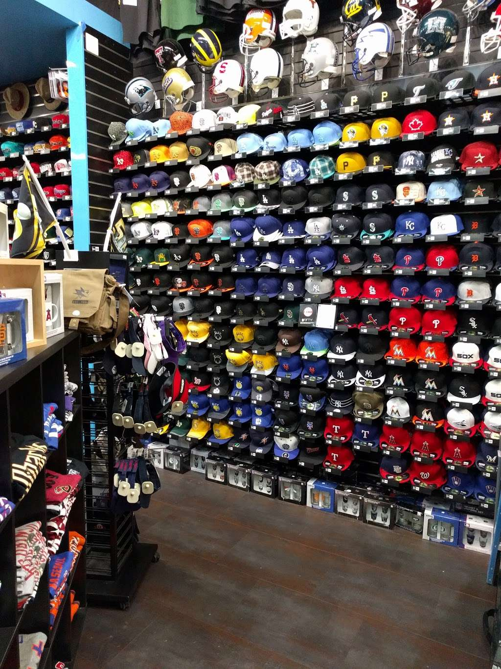 Sporters - clothing store    Photo 1 of 7   Address: 460 Great Mall Dr, Milpitas, CA 95035, USA   Phone: (408) 942-7767