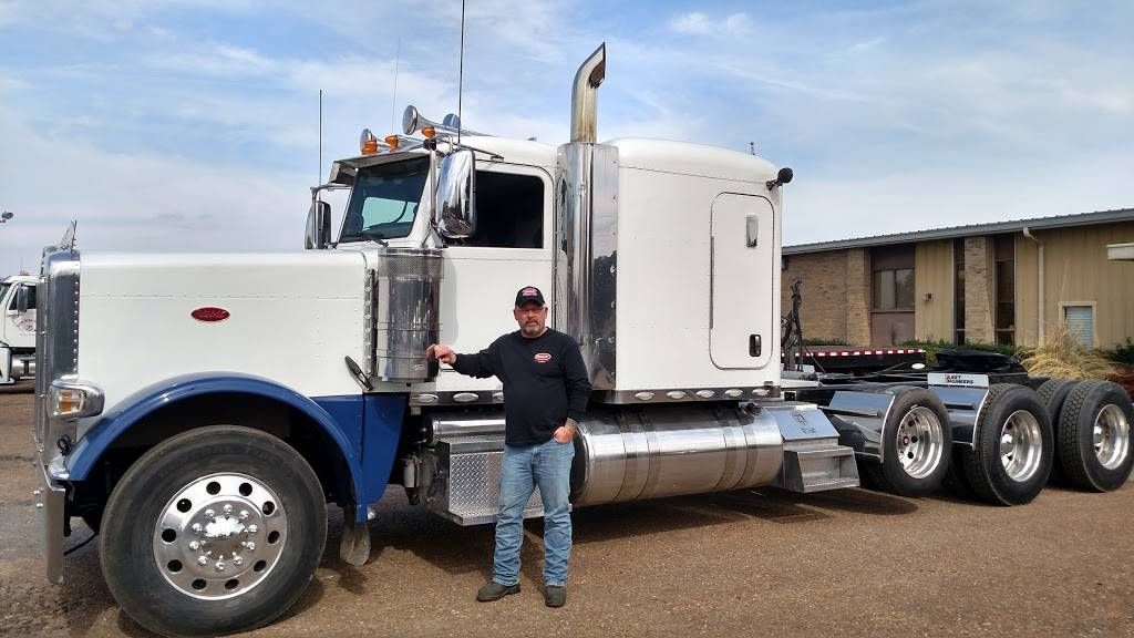 TruckMarket.com - store  | Photo 4 of 8 | Address: 8680 W Sandidge Rd, Olive Branch, MS 38654, USA | Phone: (877) 987-8250