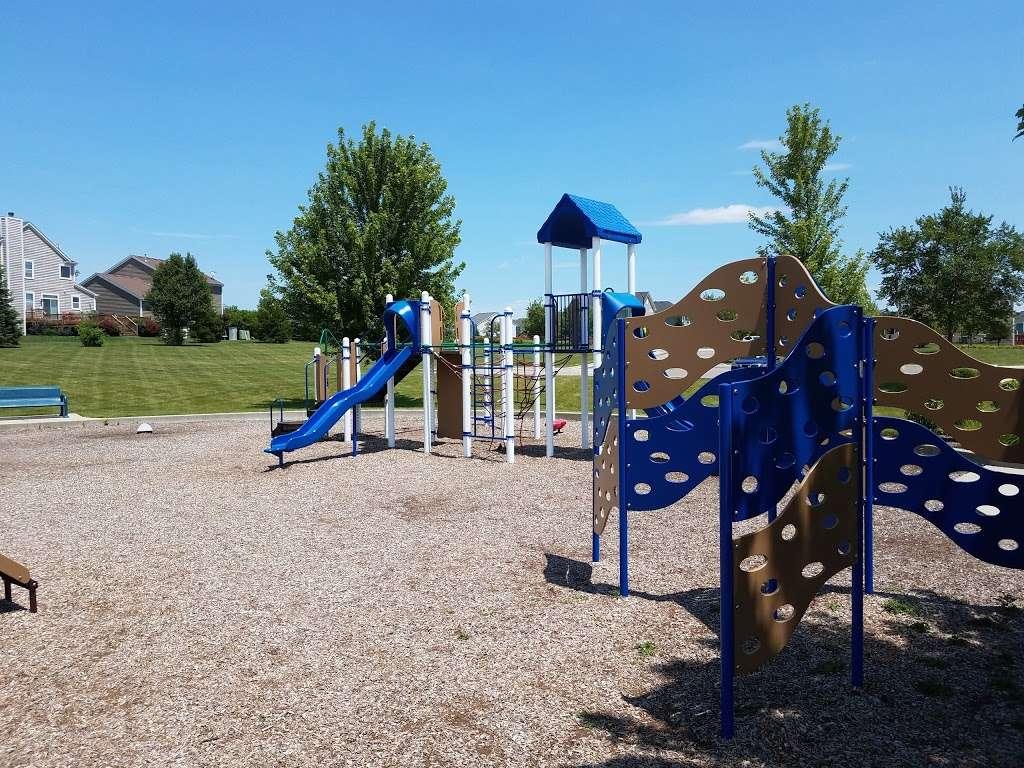 Boathouse Park - park  | Photo 4 of 10 | Address: Rocton Ave, Elgin, IL 60124, USA