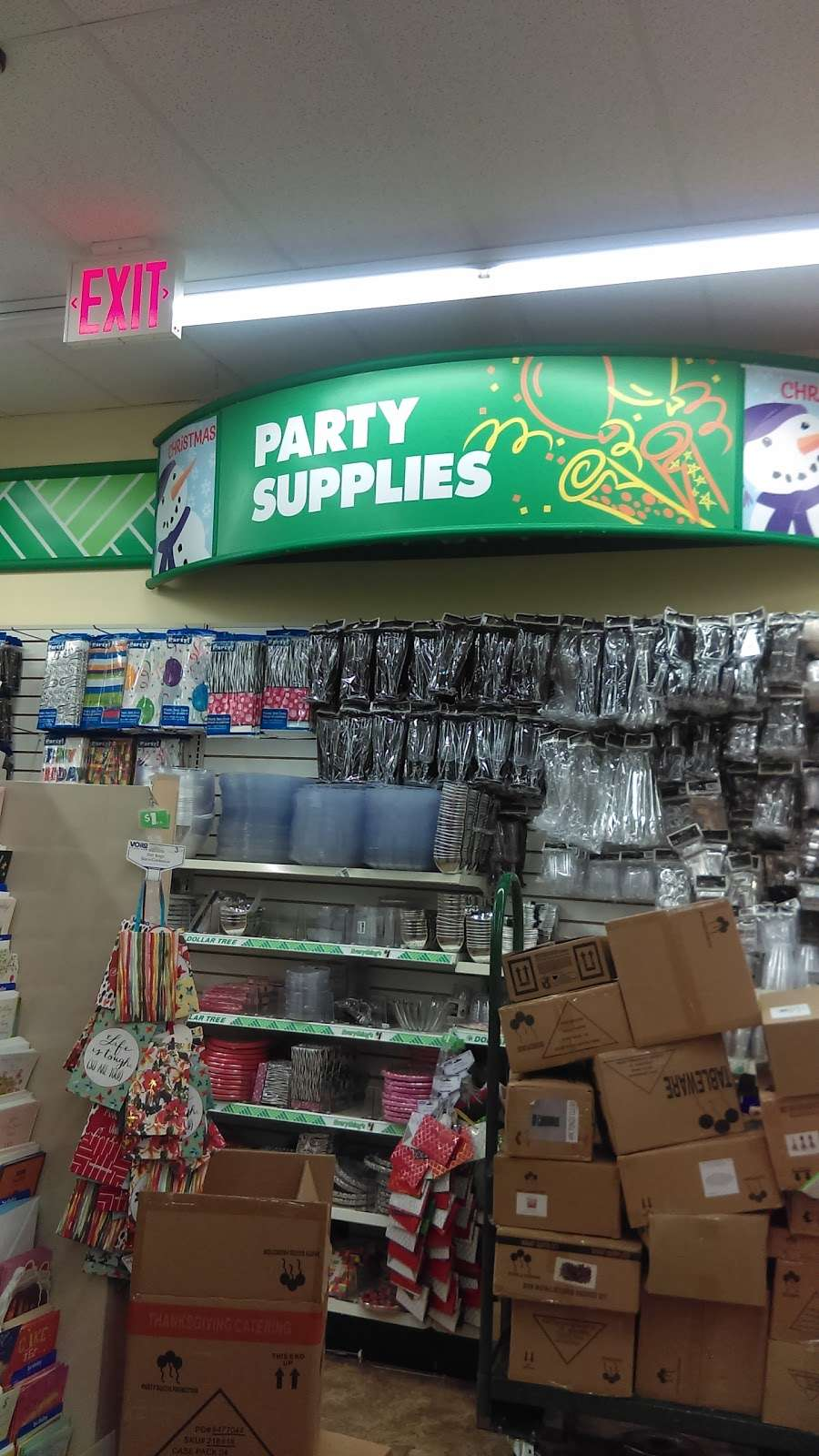 Dollar Tree - furniture store  | Photo 9 of 10 | Address: 11502 Jamaica Ave, Richmond Hill, NY 11418, USA | Phone: (718) 374-0059