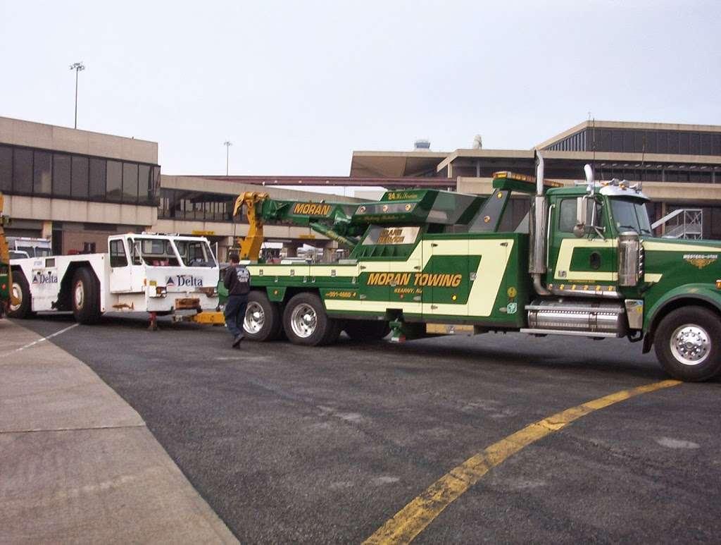 Moran Automotive and Towing, Inc. - moving company  | Photo 4 of 10 | Address: 34 Arlington Ave, Kearny, NJ 07032, USA | Phone: (201) 991-4660
