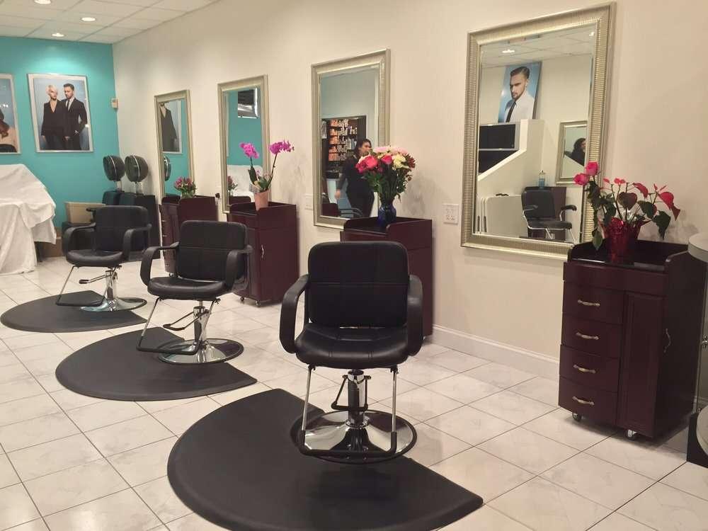 Salon Dolce - hair care    Photo 4 of 10   Address: 636 Brooklawn Ave, Bridgeport, CT 06604, USA   Phone: (203) 334-6259