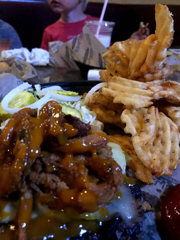 Sidelines I - Lambertville - restaurant    Photo 2 of 10   Address: 8116 Secor Rd, Lambertville, MI 48144, USA   Phone: (734) 856-5050