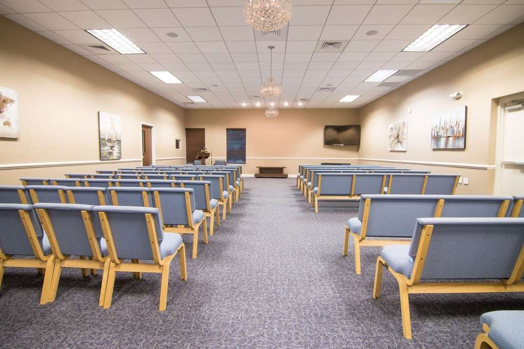 DeGusipe Funeral Home and Crematory - funeral home  | Photo 3 of 10 | Address: 3423, 1400 Matthew Paris Blvd, Ocoee, FL 34761, USA | Phone: (407) 695-2273