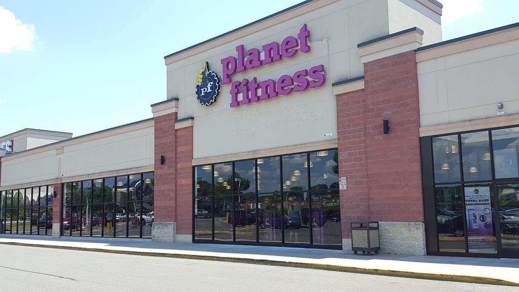 Planet Fitness - gym  | Photo 2 of 10 | Address: 1341 S Fairview St, Delran, NJ 08075, USA | Phone: (856) 393-8912